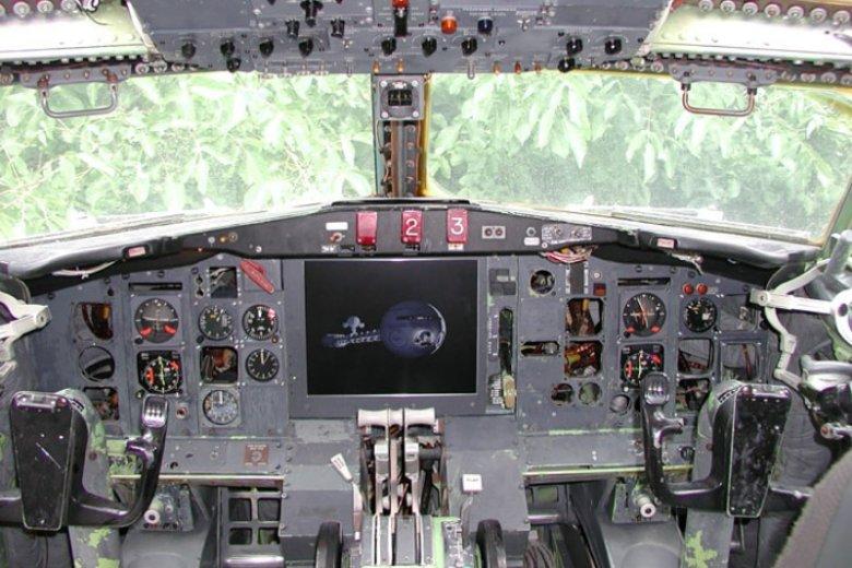 Niektóre elementy wyposażenia samolotu są oryginalne