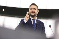 Przemówienie Patryka Jakiego w Parlamencie Europejskim w języku angielskim wzbudziło wiele kontrowersji.