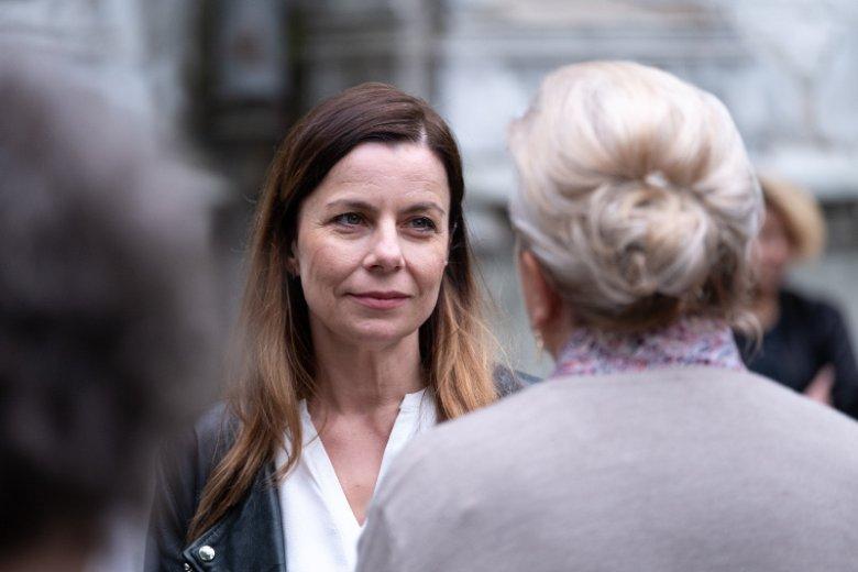 Agata Kulesza zagrała pisarkę Olgę Sawicką.