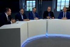 """Poseł Paweł Grabowski zaskoczył dyskutantów podczas debaty o """"Różańcu do granic""""."""