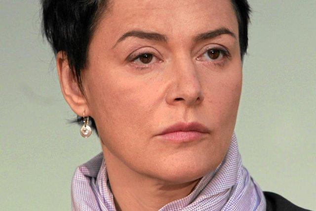 Kazimiera Szczuka mówi, że pojedynek Ewy Kopacz i Beaty Szydło nie jest pojedynkiem równorzędnych rywalek