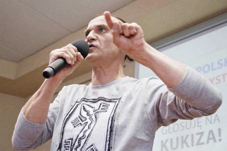 Paweł Kukiz szantażuje Radio Zet. Przekonuje, że nie przyjdzie na wywiad do Moniki Olejnik, jeśli radio nie doda do artykułu wymaganego linku.