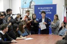 Lublin: uczniowie zaprotestowali przeciw chaosowi w rekrutacji do szkół. Zostali przyjęci przez kurator oświaty.
