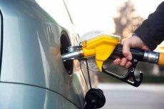 Stacje benzynowe to dziś ekspozytury urzędów podatkowych, ale to nie wszystkie powody drożyzny. W cenie zawarta jest też cena dobrego samopoczucia właściciela stacji