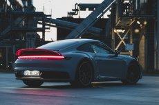 Nowe Porsche 911 jest dokładnie takie, o jakim zawsze marzyliście, jeśli nigdy żadnym nie jeździliście.