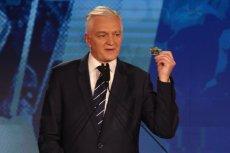 """Jarosław Gowin przystąpił do ataku na Donalda Tuska. Sugeruje, że to on... odpowiada za """"Brexit""""."""