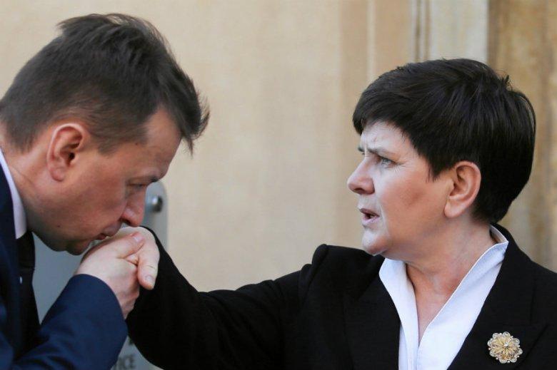 Krzysztof Brejza ujawnił na Twitterze drugie pensje ministrów w rządzie Beaty Szydło w 2016 r.