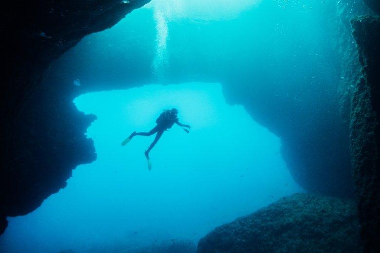 Z uwagi na sieć podwodnych jaskiń wyspa Gozo uważana jest za jedno z topowych destynacji dla nurków