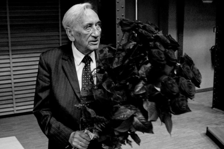 W niedzielę odbędzie się pogrzeb Tadeusza Mazowieckiego.