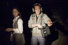"""Vera Farmiga i Patrick Wilson zagrali Lorraine i Eda Warrenów, którzy poświęcili całe życie na badanie zjawisk paranormalnych. Ich dokonania stały się kanwą filmów z serii """"Obecność""""."""
