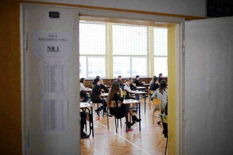 9 tysięcy gimnazjalistów z Mazowsza miało źle policzone punkty z matematyki.