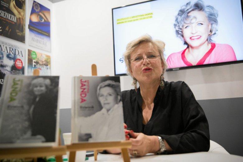 Krystyna Janda znalazła się w ogniu krytyki po tym, jak opublikowała grafikę wyśmiewającą wyborców PiS.