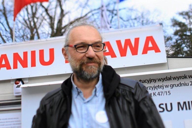 Mateusz Kijowski zapewnia, że nie zarabiał na KOD-zie.