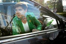 Dziennikarz motoryzacyjny miał wątpliwą przyjemność spotkania z kolumną wiozącą Beatę Szydło pod Częstochową.