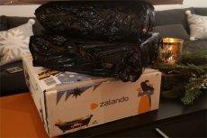 Rekordziści potrafią zamówić nawet 40 rzeczy np. z Zalando. Czy to już uzależnienie?