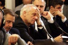Stefan Niesiołowski już wkrótce może mieć kłopoty z prokuraturą - Radio Zet informuje, że trwa poszukiwanie haków.