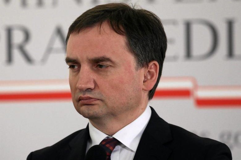 Zbigniew Ziobro zwołał na czwartek konferencję prasową. Zamiast mówić o Sądzie Najwyższym wypowiadał się na temat dopalaczy.