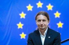 Łukasz Kohut nie pozostawia na Twitterze wątpliwości co do tego, kto dziś dzierży w Polsce pełnię władzy.