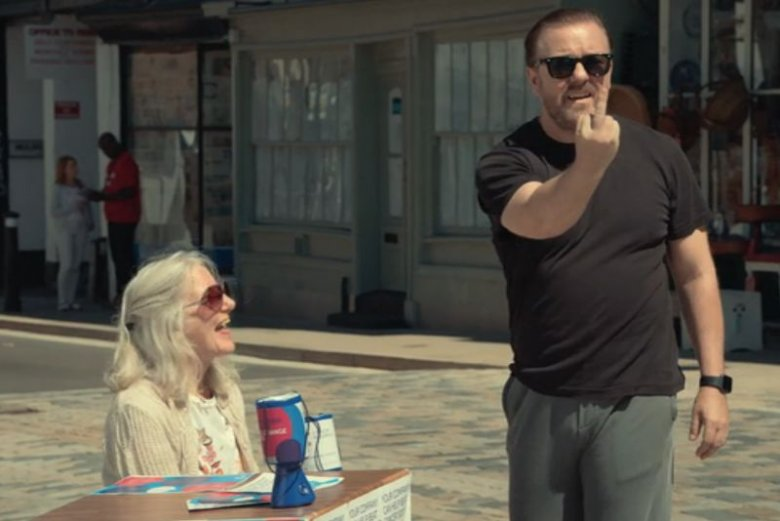 Ricky Gervais zrobił doskonały serial o radzeniu sobie w życiu po stracie najbliższej osoby.
