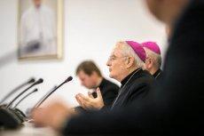 Polscy biskupi apelują o całkowity zakaz aborcji.