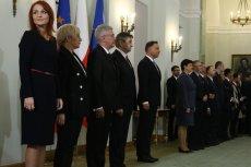 Były już marszałek Sejmu Marek Kuchciński w 2016 roku powołał Agnieszkę Kaczmarską na stanowisko zastępcy szefa Kancelarii Sejmu. Po ośmiu miesiącach awansował ją na szefową KS.