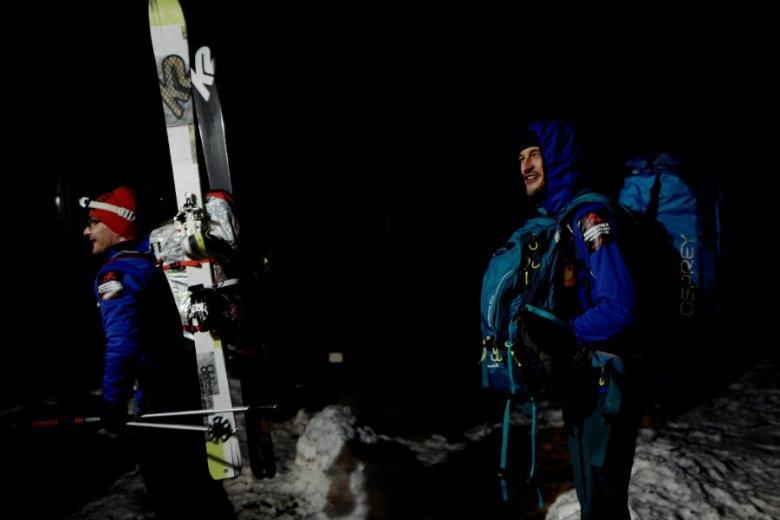 Uczestnicy wyprawy na K2 Adam Bielecki i Artur Małek. Wszyscy chcą wyruszyć na pomoc Tomaszowi Mackiewiczowi.