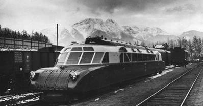 """I pomyśleć że przed wojną pociąg z Zakopanego do Krakowa jechał 2 godziny 18 minut. Teraz """"tylko"""" dwa razy tyle..."""
