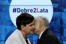 """Według """"Newsweeka"""" Jarosław Kaczyński wini Beatę Szydło oraz Beatę Kempę za aferę z nagrodami."""