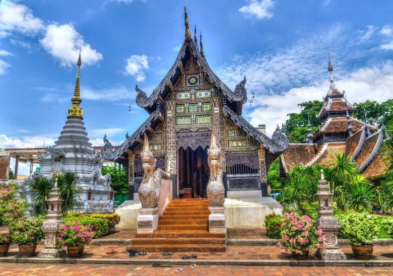 Pocztówkowa wersja świątyni w Chiang Mai