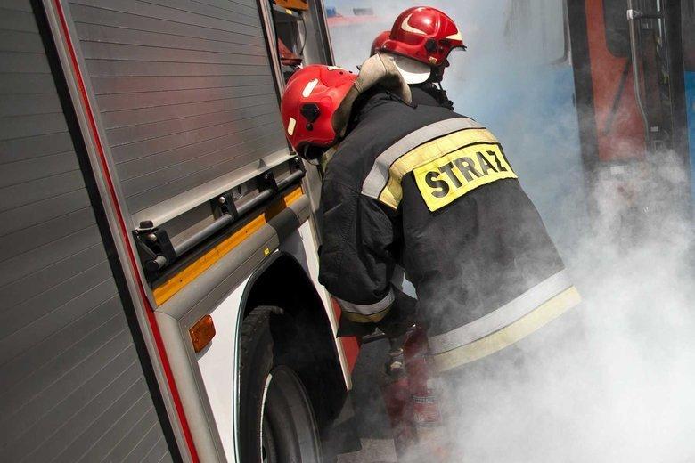 Strażacy dostali wezwanie w związku z alarmem pożarowym w gmachu Kancelarii Prezydenta.