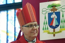 """Biskup Piotr Libera deklaruje """"zero tolerancji"""" dla duchownych molestujących dzieci. Niezależnie od ich rangi."""