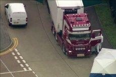 Kierowca ciężarówki, w której znaleziono 39 ciał, stanął przed sądem.