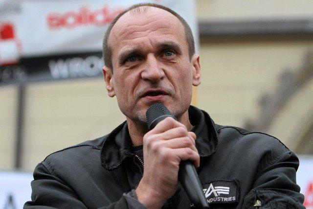 Paweł Kukiz pokazał, w jakich warunkach śpi w Sejmie.