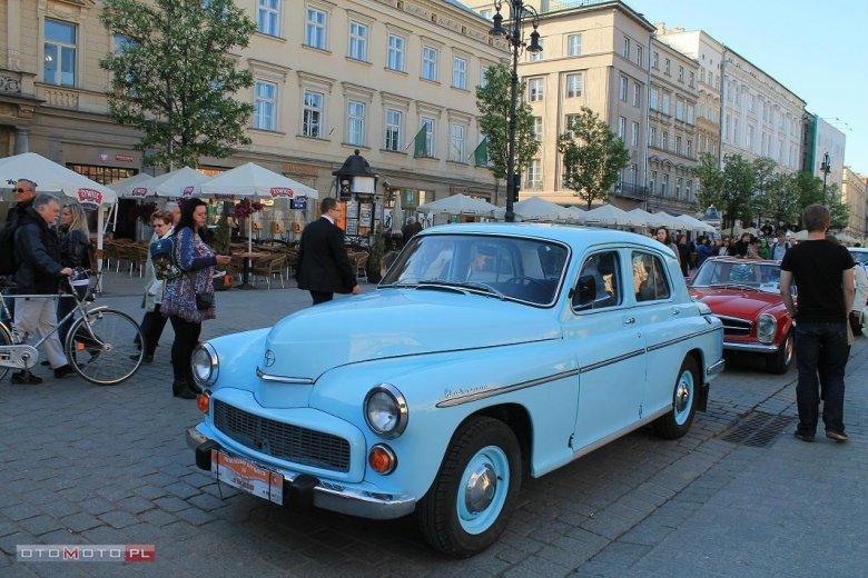 Warszawa 204, Sedan / Limuzyna