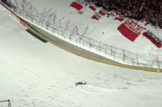 David Siegel upadł podczas sobotniego konkursu skoków w Zakopanem. Niemcy twierdzą, że wina spada na organizatorów, którzy nie obniżyli belki.