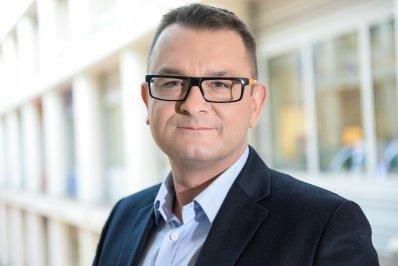 Maurycy Seweryn, założyciel Warszawskiej Grupy Doradców Public Relations, trener wystąpień publicznych i komunikacji niewerbalnej.