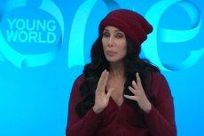 Cher  jest zaciekłą przeciwniczką Donalda  Trumpa. Po mistrzowsku wyjaśniła dlaczego prezydent USA jedzie do Warszawy.