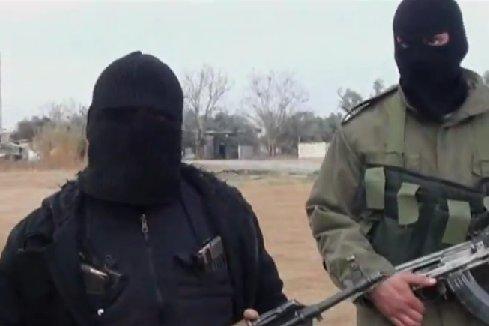 Zamaskowani członkowie Wolnej Armii Syryjskiej