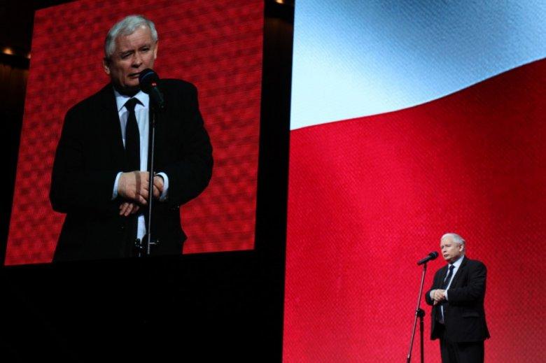 J. Kaczyński analizuje wszystkie opcje, żeby wygrać wybory samorządowe i parlamentarne.