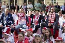 Kancelaria premier Szydło wydała ponad 100 tysięcy złotych na oglądanie meczu Polska-Ukraina.