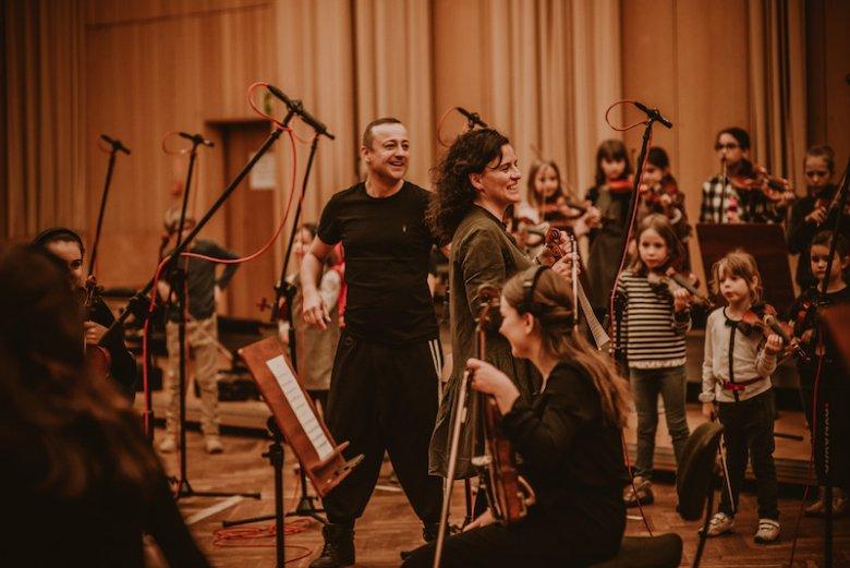 W polskich szkołach są setki młodych talentów, które czekają na zaprezentowanie ich szerszemu gronu słuchaczy