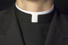 Większość Polaków jest za zniesieniem obowiązku celibatu