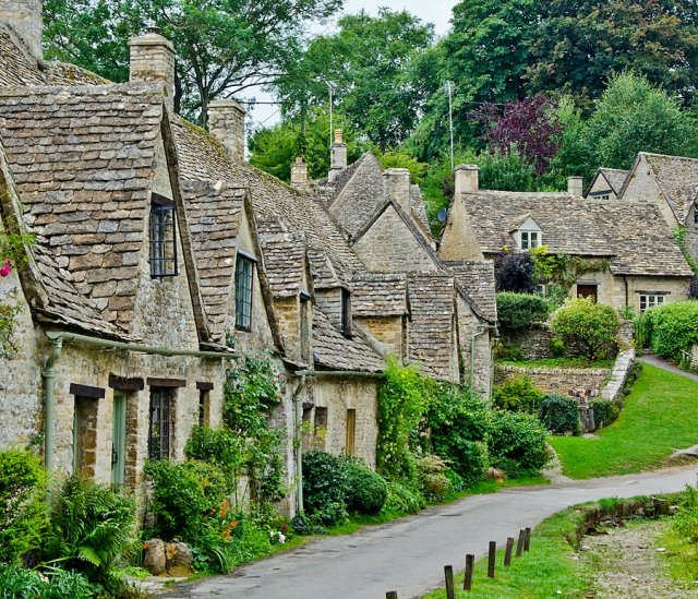 Arlington Row w Bibury
