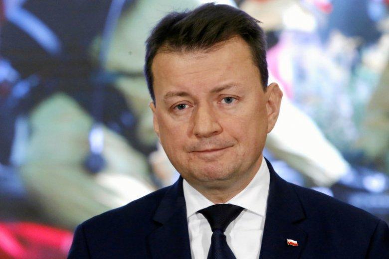 Za rządów Mariusz Błaszczaka, pięciokrotnie wymieniano komendanta stołecznego. Tym razem sprawa wydaje się poważna – chodzi o fałszowanie donosów wewnątrz policji.
