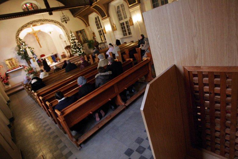 """Jeden z księży postanowił, że parafianie zapłacą mu miesięczny """"abonament"""""""