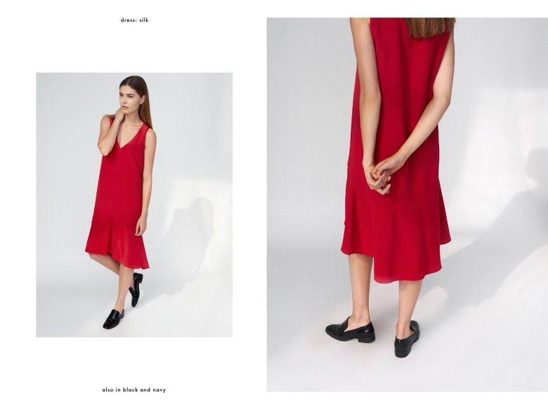 Sukienka dostępna także w wersji czarnej i granatowej