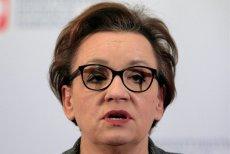 Anna Zalewska była o włos od dymisji, ale po wypowiedzi Sławomira Broniarza PiS staje murem w jej obronie.