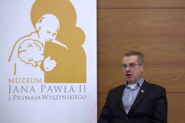 Polaczek Rzuca Spermą W Krzyż Czy Janusz Kotański Będzie