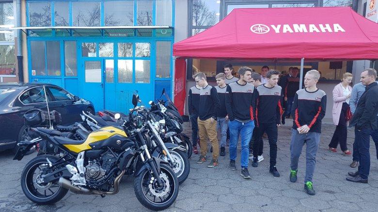 Młodzież będzie miała do dyspozycji łącznie dwa skutery i   cztery motocykle.