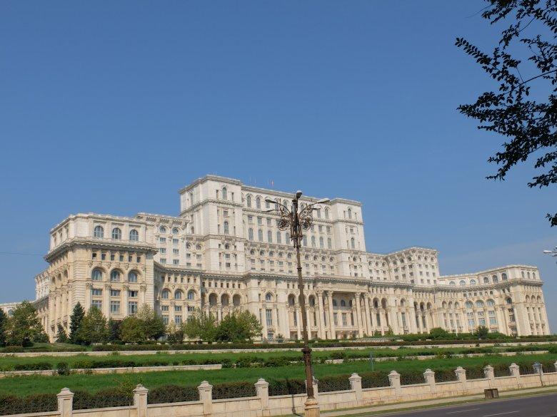 Bukareszt, Dom Ludu